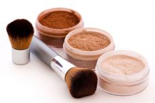 Learn how to make Mineral Makeup - e course